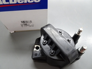 ACDelco/GM Ignition Coil NOS 19353734, D555 $65.00